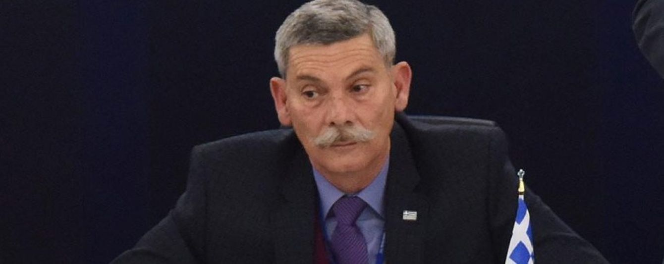 Грецького депутата виставили з засідання Європарламенту через порівняння турків із собаками