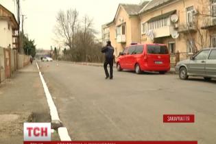 У Мукачевому після стрілянини зі школи евакуювали дітей