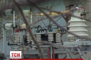 Без світла і води може залишитися санаторій на Житомирщині, де живуть сотні переселенців