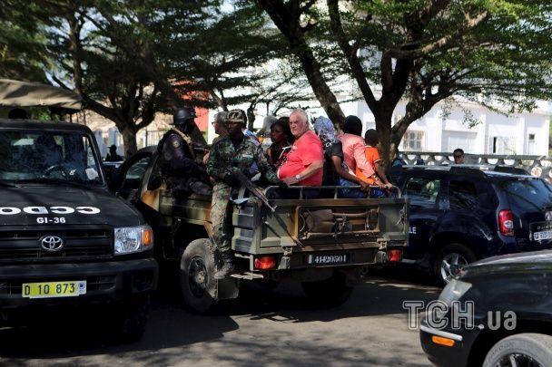 У Кот-д'Івуарі бойовики розстріляли на пляжі 16 осіб