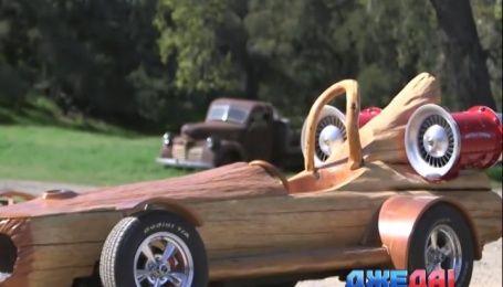 Из ствола столетнего дерева смастерили автомобиль