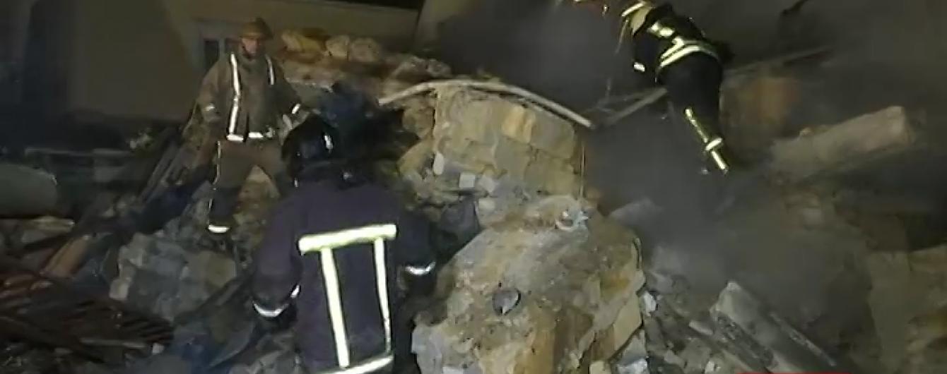 Для пошуку 6-річного хлопчика на місце вибуху привезли собак
