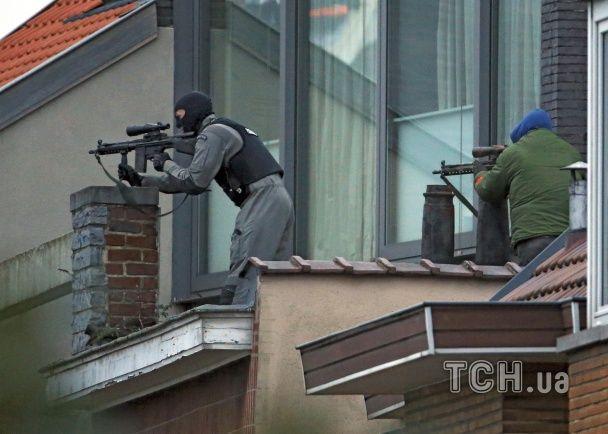 Спецоперація в Брюсселі: штурм будинку з підозрюваними в причетності до терактів в Парижі