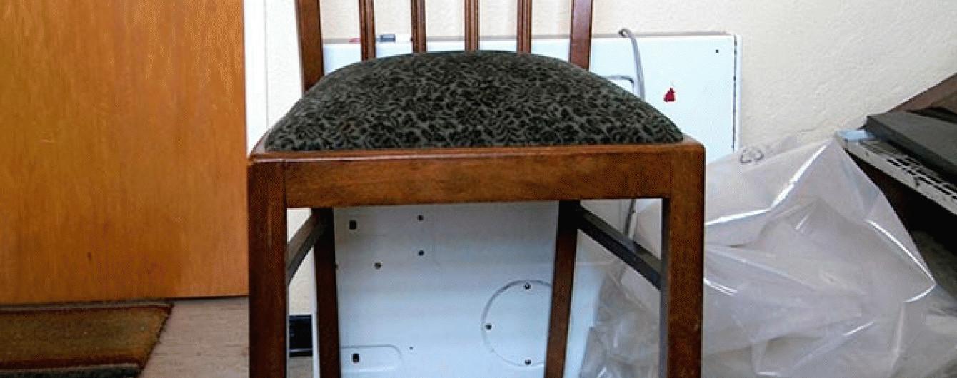 У Сочі сторож украв старі стільці, в яких було зашито 100 тисяч євро
