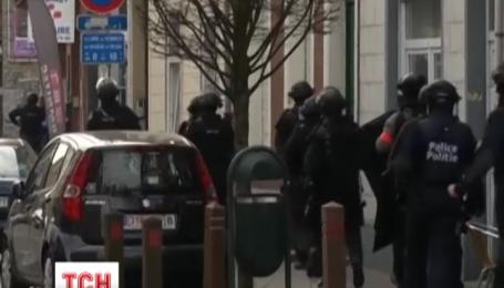 Четверо полицейских ранены в Брюсселе во время антитеррористического рейда