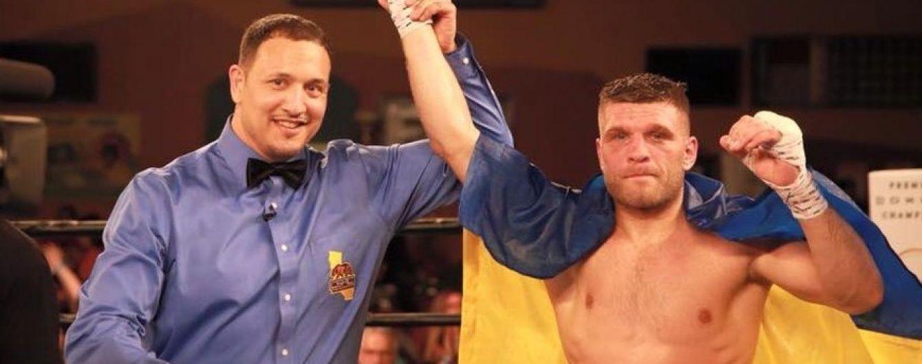 Український боксер Дерев'янченко здобув шосту перемогу нокаутом на профі-ринзі