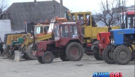 Как Киев готовится к весеннему двухмесячнику по благоустройству