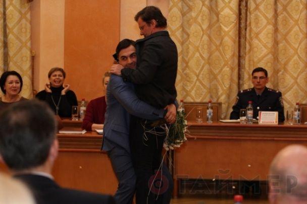 Заступника Саакашвілі винесли з мерії, повторивши трюк Барни з Яценюком