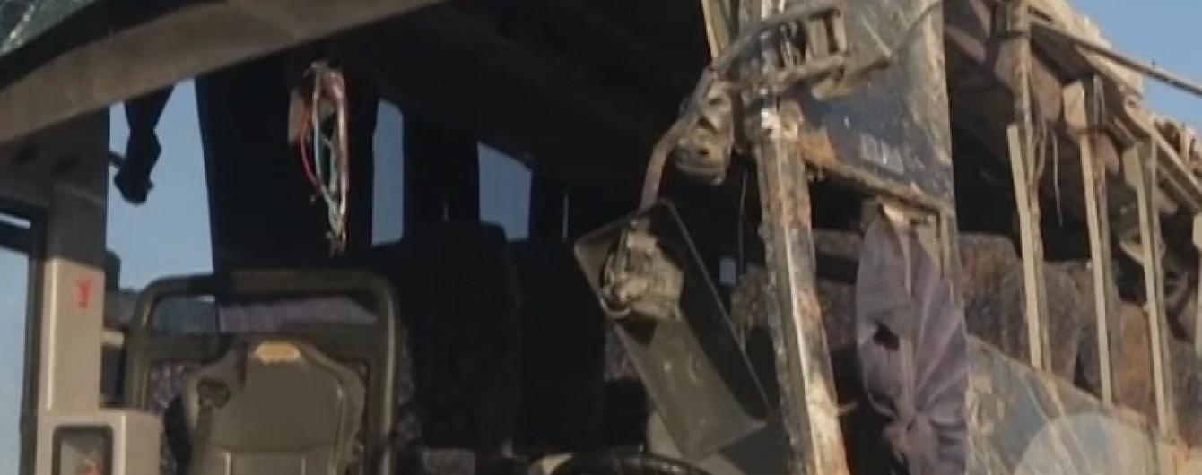Щонайменше 24 людини загинуло в аварії автобуса у Перу