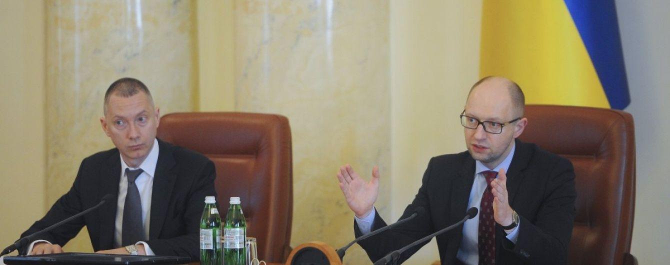 Ложкін вважає Яценюка чудовим прем'єром і не хоче сідати у його крісло