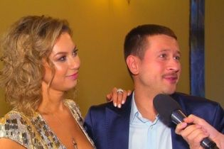 Дмитро Ступка зізнався, як ставиться до еротичних фотосесій дружини