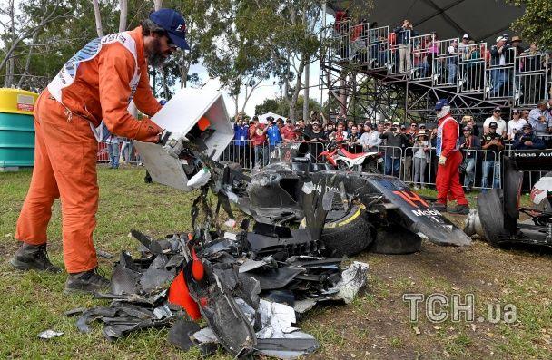 """В Австралії Гран-прі """"Формули-1"""" призупинили через серйозну аварію"""