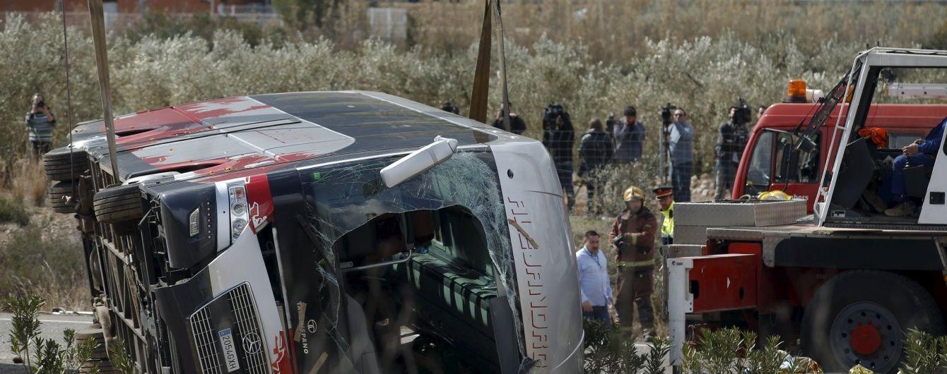 У Мексиці сталася жахлива аварія. Водій автобуса влаштував перегони