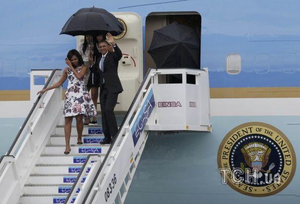 Історичний візит на Кубу: Обама під дощем гуляв в Гавані