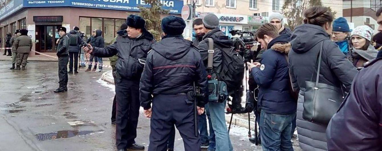 У Росії через оголошення вироку Савченко перекрили проспект, а суд оточили правоохоронці