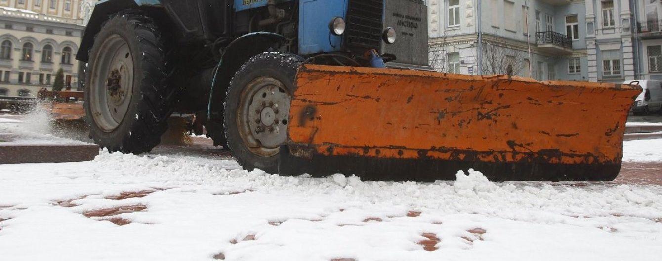 У КМДА повідомили про відновлення руху вантажівок Києвом