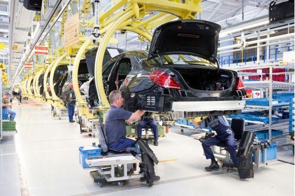 Daimler завод