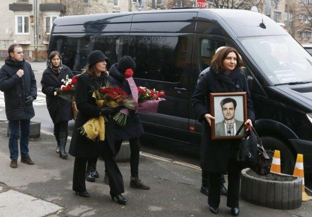 Як у Києві в останню путь провели журналіста Георгія Гонгадзе