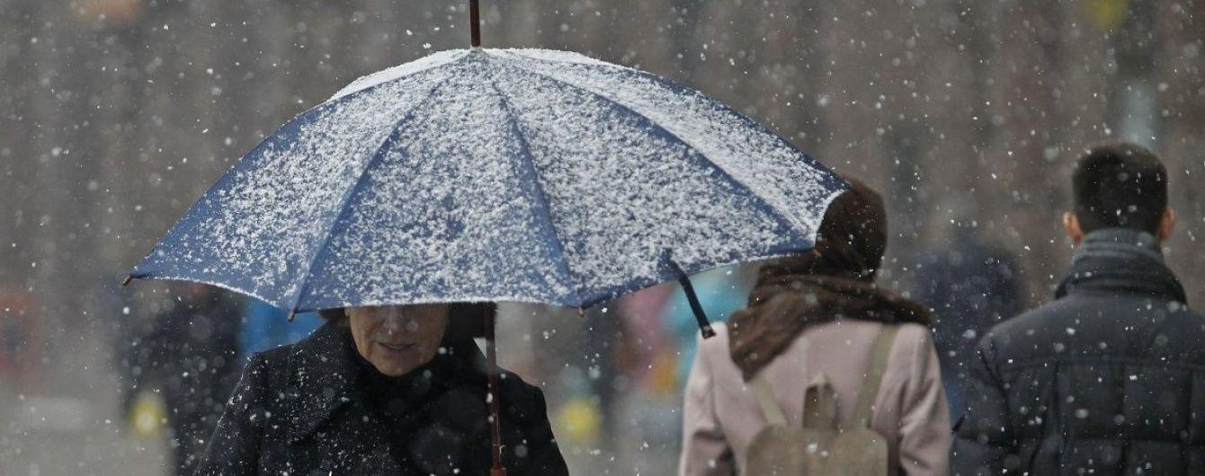 Поліція попередила про різке погіршення погоди: ожеледиця та 15 сантиметрів снігу