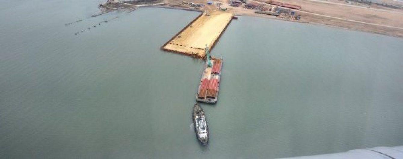 Турецьке судно врізалось у Керченський міст через недбалість російських чиновників