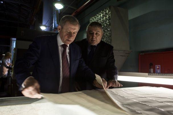 Гривні друкуватимуть на папері із вмістом українського льону