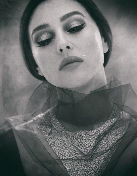 Ефектна Моніка Белуччі в обтислих сукнях продемонструвала розкішну фігуру