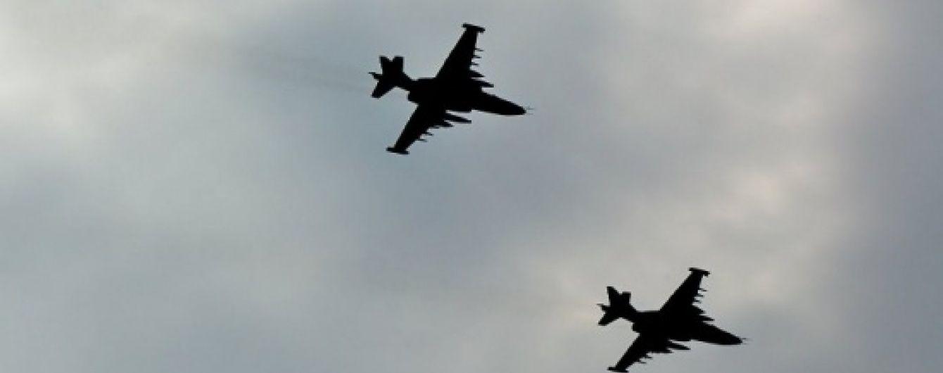 У соцмережах з'явилося відео падіння збитого Су-25 у Сирії