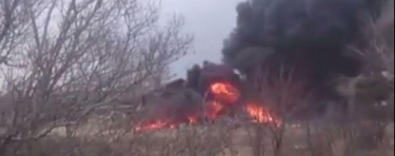У Мережі з'явилося відео з місця падіння Су-25 у Росії