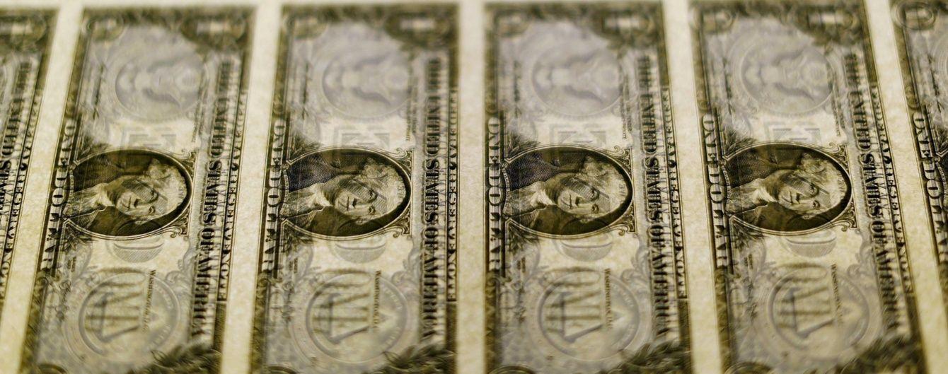 На міжбанку увесь день дешевшає валюта