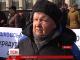 У Житомирі дві сотні людей, переважно пенсіонерів, пікетують обласну раду