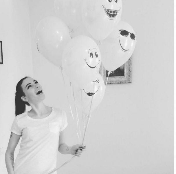 Турботлива матуся Приходько зворушливо привітала доньку із днем народження