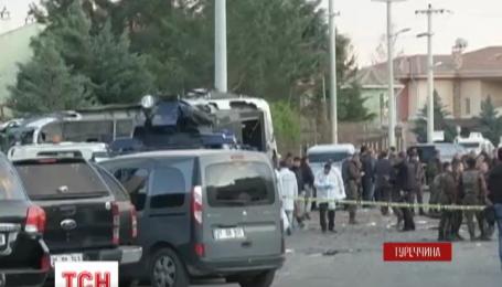 На південному сході Туреччини в результаті теракту загинули сім чоловік