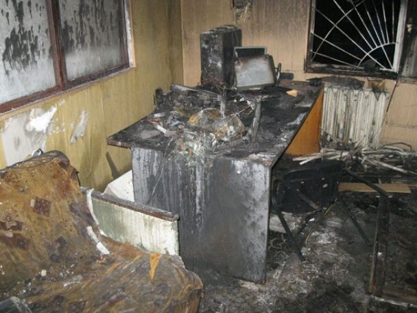 У Конотопі невідомі спалили телеканал