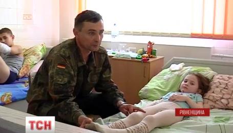 На Рівненщині шестирічна дівчинка вижила після падіння з четвертого поверху