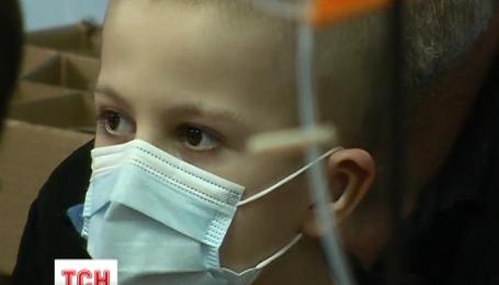 Подростки, победившие рак, подготовили фильм для детей в столичном онкоцентре