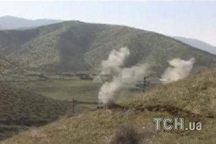 Азербайджан відзвітував про запеклі бої і обстріли вірмен