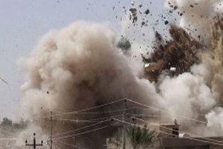 На великій військовій базі біля сирійського Алеппо прогриміли вибухи - ЗМІ