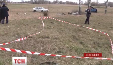 На Чернігівщині полісмени затримали підозрюваних у вбивстві 70-річної жінки