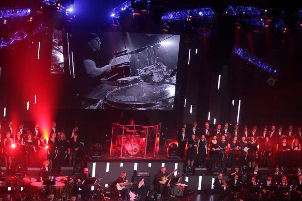 У Києві симфонічний оркестр зіграв легендарні рок-хіти на новий лад