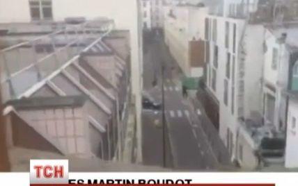 """Холоднокровний розстріл редакції у Парижі могли влаштувати бойовики """"Аль-Каїди"""" - очевидці"""