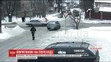Авто збило школярку на пішохідному переході у Хмельницькому