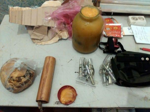 Військовослужбовець намагався відправити із зони АТО додому банку з медом та гранатами