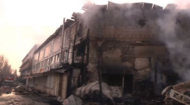 """Масштабна пожежа під Одесою: у Затоці горіла база відпочинку """"Казка"""""""