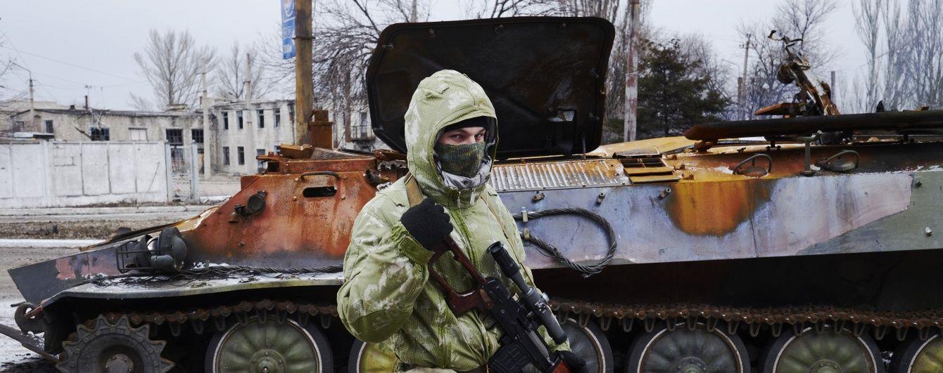 Військові знищили бліндажі терористів під Мар'їнкою: бойовики дострілювали своїх поранених на полі бою