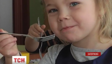 В Запорожье воспитанников детсадов кормили фальсифицированными продуктами