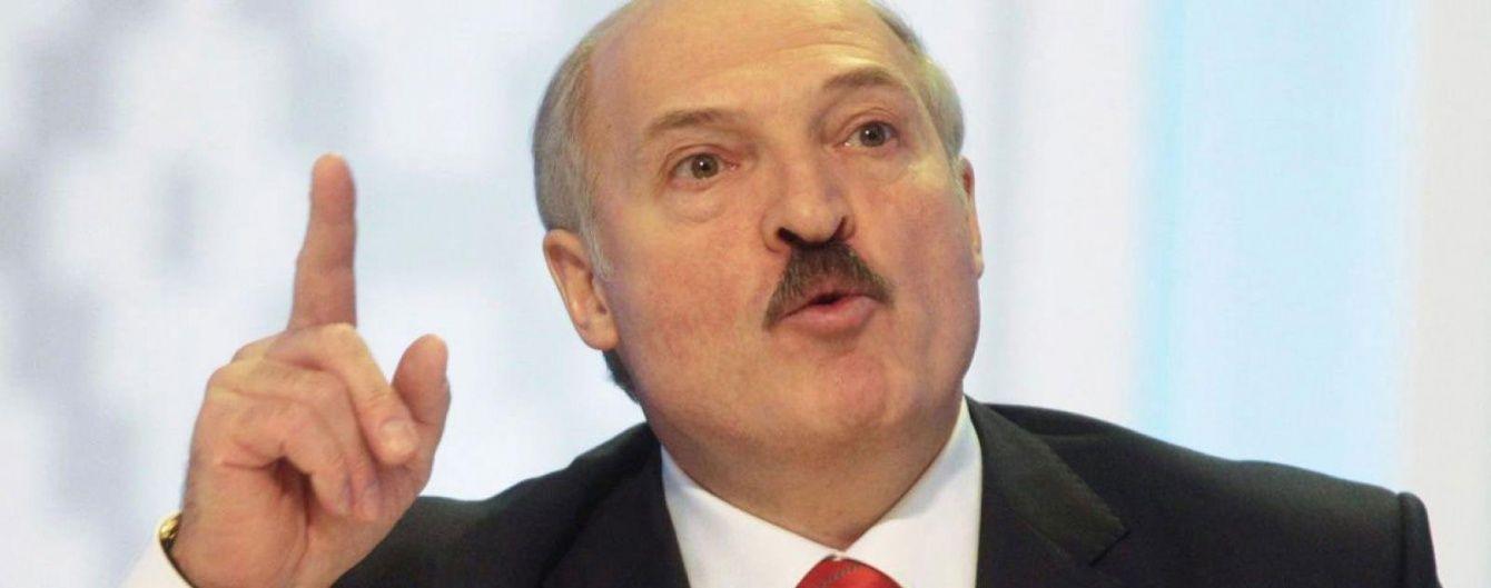 Білоруські митники влаштували безпрецедентний обшук журналістам 1+1 після фільму про Лукашенка