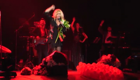 Як зірки в Одесі привітали Ірину Білик із днем народження