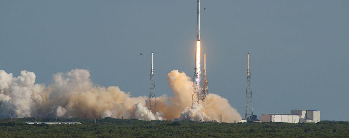 SpaceX запустить у космос чергову ракету Falcon 9: дивіться онлайн-трансляцію