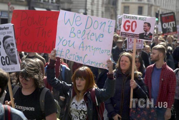 У Лондоні протестувальники вимагають відставки Кемерона через офшорний скандал