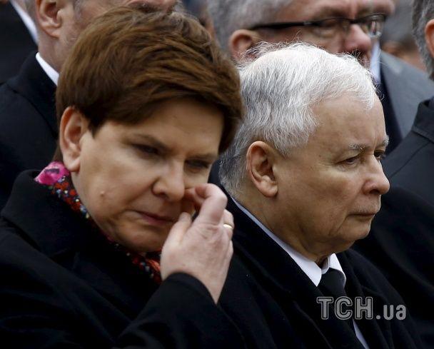 Польша выходит на марш памяти: в стране вспоминают жертв Смоленской трагедии